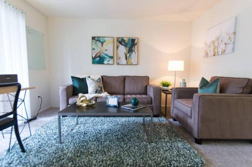 South Coast Plaza One Bedroom Apartment