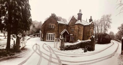 Lathkill Lodge Pickory Corner