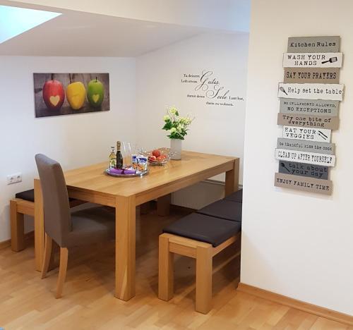 Apartment Bergverliebt Mieming Austria Booking Com