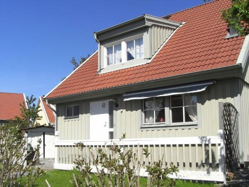 Four-Bedroom Holiday home in Lysekil