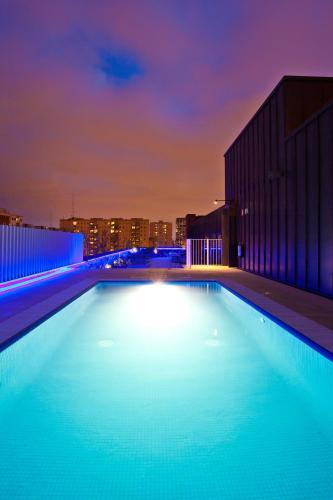 The swimming pool at or near Vincci Bit