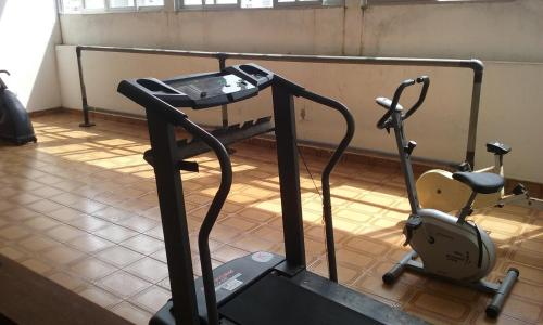 The fitness center and/or fitness facilities at Flat Boulevard Center
