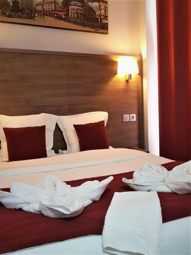 Hotel Luxor Issy Les Moulineaux France Booking Com
