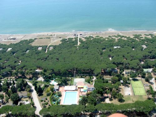 A bird's-eye view of La Serra Holiday Village & Beach Resort