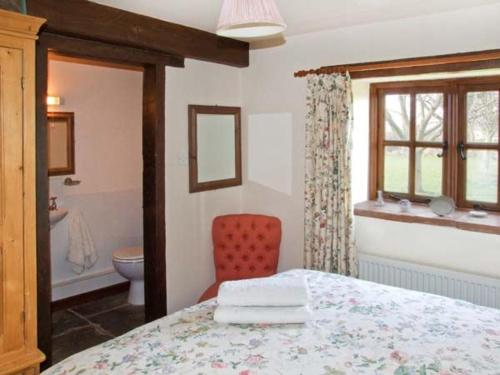 A bed or beds in a room at The Dairy, Shipston-on-Stour
