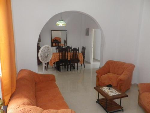 A seating area at Apto Adriana e Iván