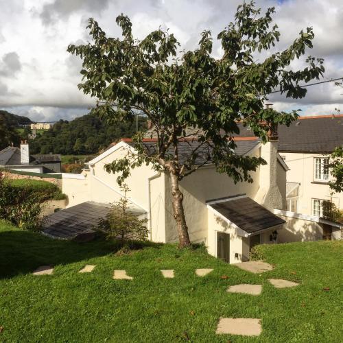 Ranally Cottage