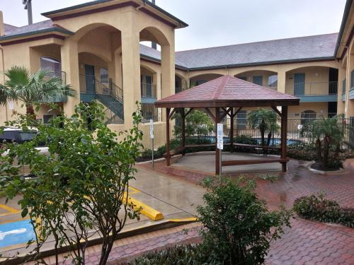 Texas Inn and Suites - Rio Grande Valley