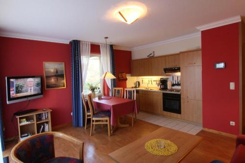 A kitchen or kitchenette at Residenz Albatros