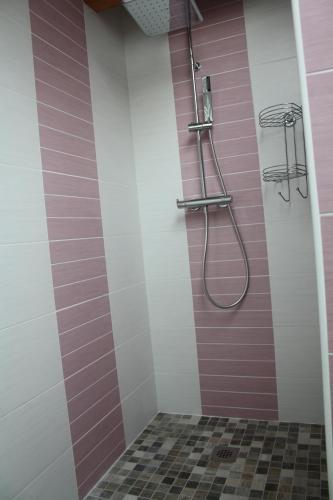 Salle de bains dans l'établissement chambre d'hôte LE MERCIER