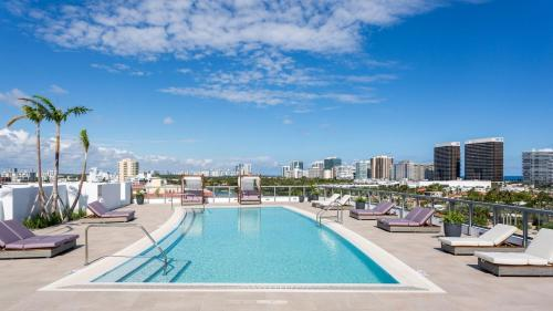 The swimming pool at or near Acqua Bay Luxury Apartments