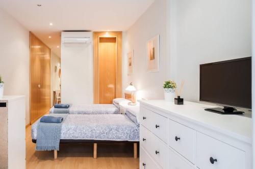 Lova arba lovos apgyvendinimo įstaigoje Nice apartment near Barcelona center