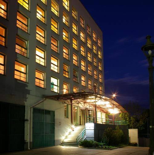 Centre Hotel