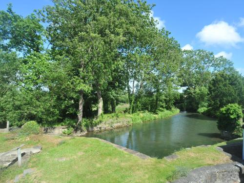 The swimming pool at or near Maxmills Cottage