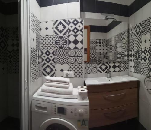 A bathroom at Archimede