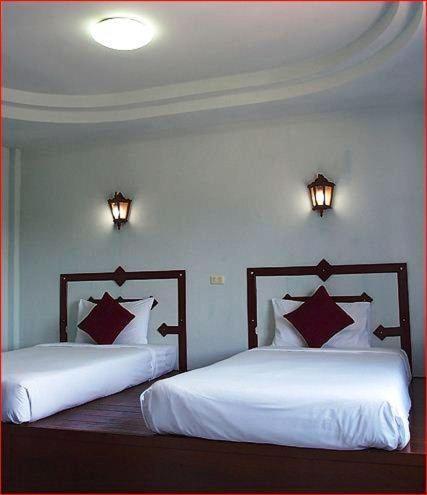 Khaolak Traveller Lodge