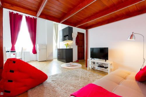 Ein Sitzbereich in der Unterkunft A\BEST LOCATION at Budapest 4 you\with A/C