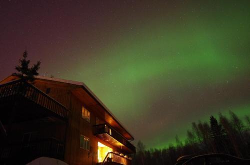 Alaska Grizzly Lodge