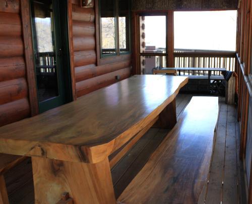 Bliss Mountain Lodge, Ferguson, NC - Booking.com