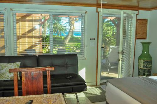Tiki Moon Villas, Laie – Updated 2018 Prices Young Couple Bedroom Decorating Ideas Html on romantic bedroom ideas, young couple bedding, master bedroom ideas, couple bedroom wall decorating ideas, young woman's bedroom ideas, young couple home ideas, young couple wallpaper, adult bedroom wall decor ideas, diy teen bedroom ideas, young couple house decorating ideas, cheetah print bedroom ideas, narrow bedroom ideas, small bathroom decorating ideas, young couples apartment bedroom, young couple living room, hipster bedroom ideas, couples apartment bedroom ideas, sexy bedroom ideas, young women bedroom ideas, couple bedroom design ideas,