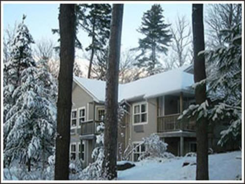 The Lake Of Bays Lodge