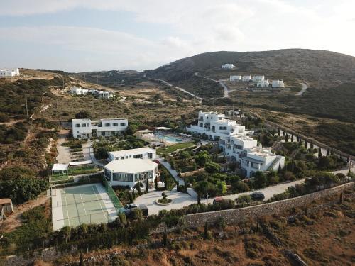 Vue panoramique sur l'établissement Naoussa Hills Boutique Resort- Adults Only (13+)