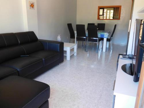 A seating area at appartement andraxt mallorca