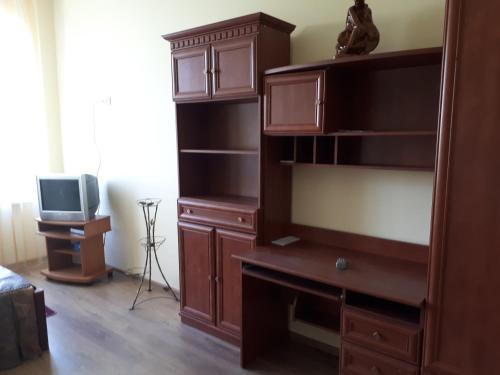 Studio on Chornovola tesisinde bir televizyon ve/veya eğlence merkezi