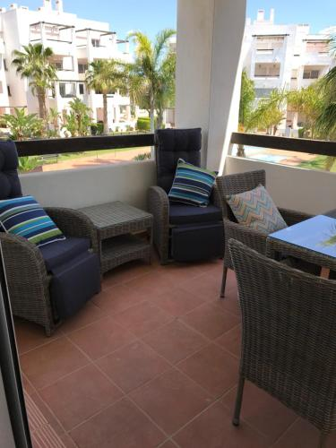 A seating area at Apartment Equipo Nacional Maraton