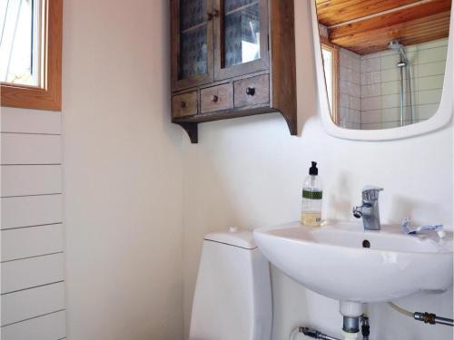 Et badeværelse på One-Bedroom Holiday Home in Jagerspris