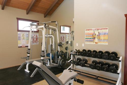 The fitness center and/or fitness facilities at Ikena Lani