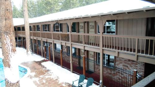 The Lodge at Lake Tahoe by VRI Resort