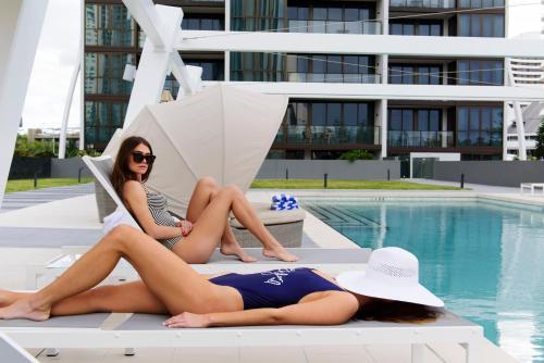The swimming pool at or close to Avani Broadbeach Gold Coast Residences