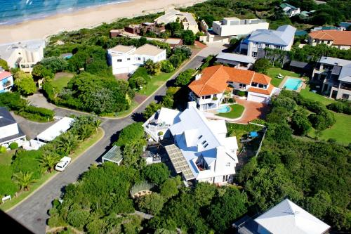 Sea Breeze Beach House Plettenberg Bay