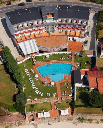 A bird's-eye view of Hotel Spa Nanin Playa