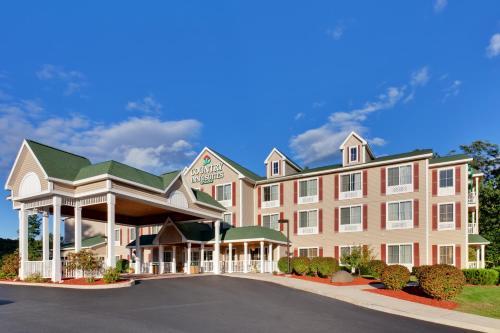 Country Inn & Suites Queensbury
