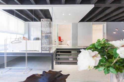 A kitchen or kitchenette at Apartamentos cerca de IFEMA