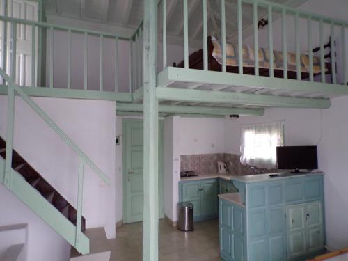 Η κουζίνα ή μικρή κουζίνα στο Villa Pappas
