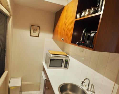 A kitchen or kitchenette at Little Bourke Street