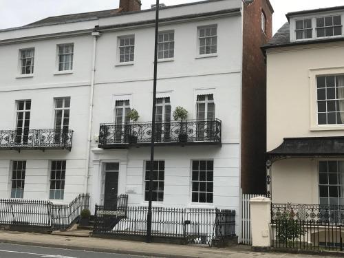 The Apartment, 1 Clarendon Place