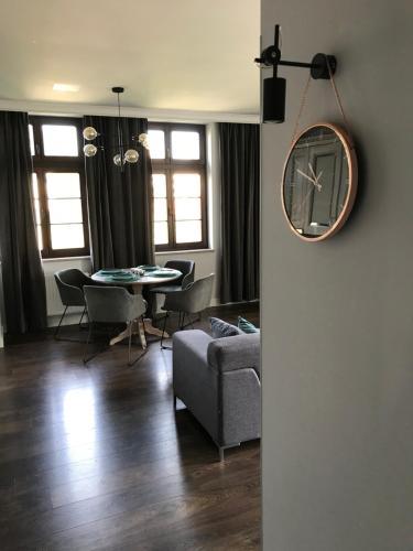 Istumisnurk majutusasutuses Apartament Nad Jeziorem Dlugim