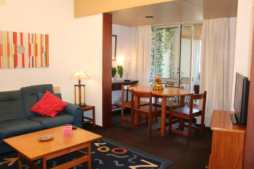 A seating area at Funchal Apartment in Tourist Area with Ocean View