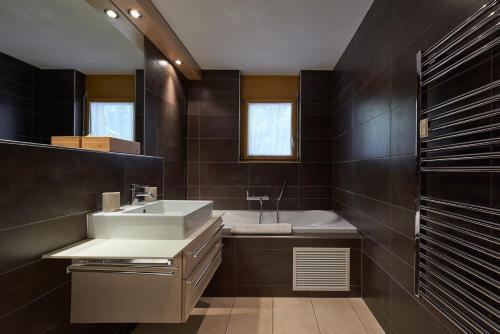 Ein Badezimmer in der Unterkunft Haus Bor