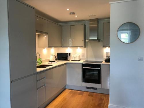 Küche/Küchenzeile in der Unterkunft Picture House Apartments