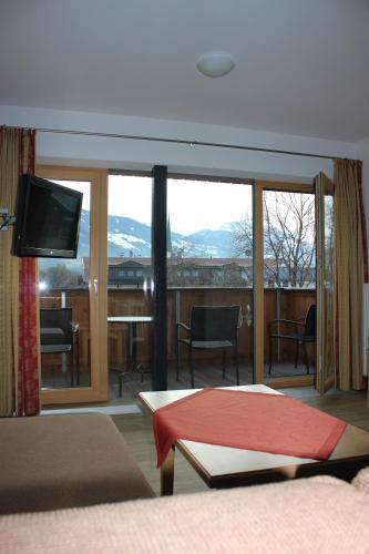 Guesthouse Gästehaus Braunegger, Stumm, Austria - Booking.com