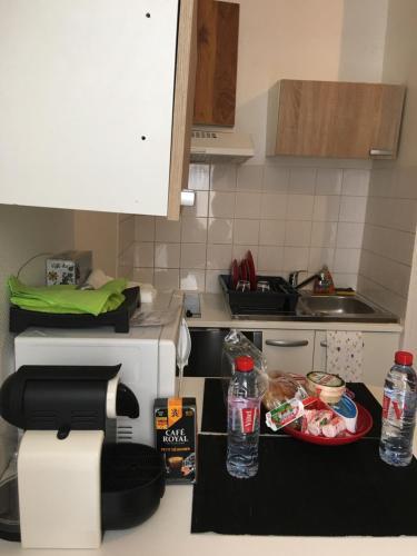 Cuisine ou kitchenette dans l'établissement Paris Issy Flat