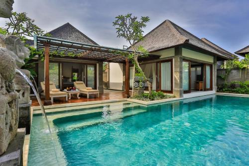 The swimming pool at or near Villas at Visesa Ubud