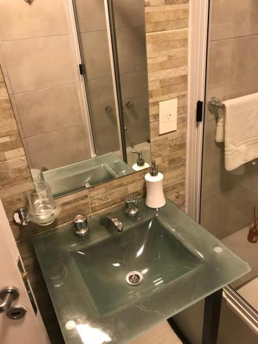 A bathroom at Casa Margarita San Telmo
