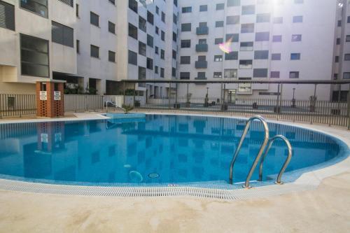 The swimming pool at or near apartamento racimo el puerto de santa maria