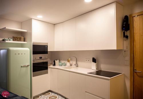 Dapur atau dapur kecil di L'atelier Apartments (Poesia)